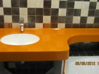 Ванная комната Оранжевая столешница